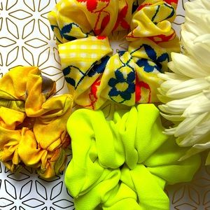 3pcs Scrunchies Simple ties to beat the heat